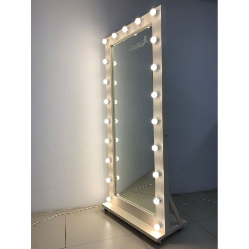 Гримерное зеркало на подставке с колесиками 180x80 выбеленное дерево
